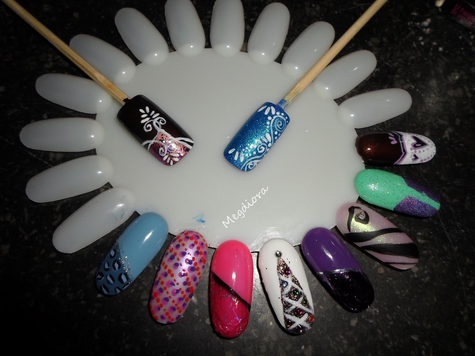 http://megdiora.blogspot.be/2015/05/mes-debut-en-capsules-nail-art-en-2014.html