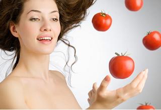Khasiat dan Manfaat Buah Tomat Untuk Perawatan Kulit Wajah