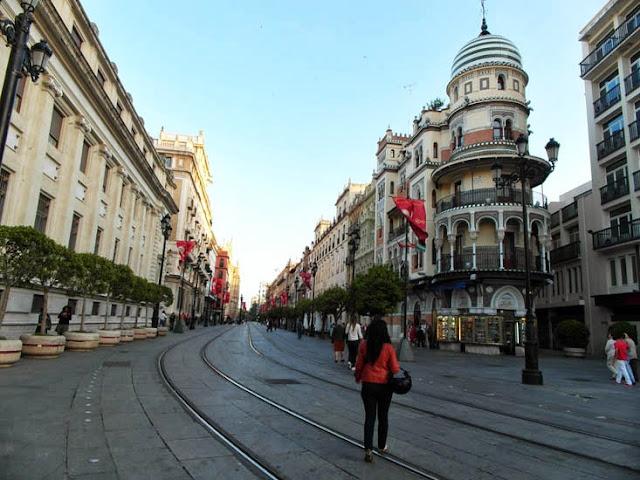 Avenida_de_la_Constitución_Sevilla