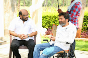 son of sathyamurthy shooting stills-thumbnail-7