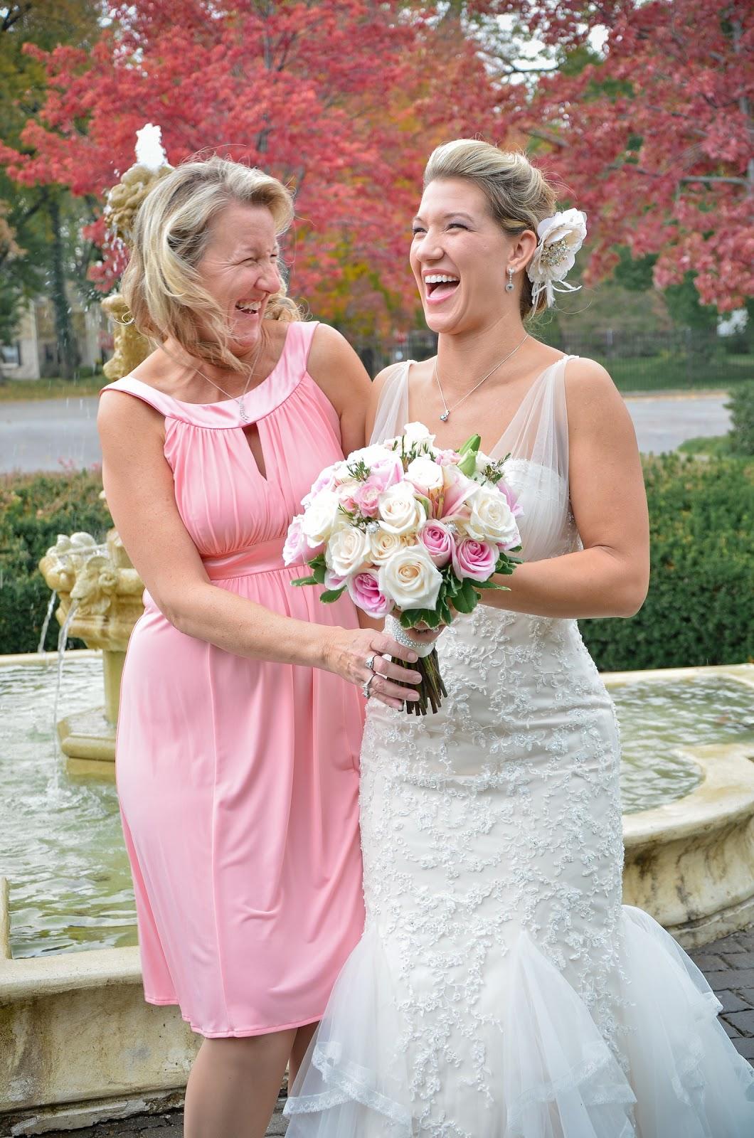 Four Leaf Photography - Louisville Wedding Photographer: October 2012