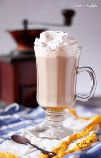 kawa z imbirem, kawa na zimę, przepis na kawę, kawa z miodem, rozgrzewająca kawa