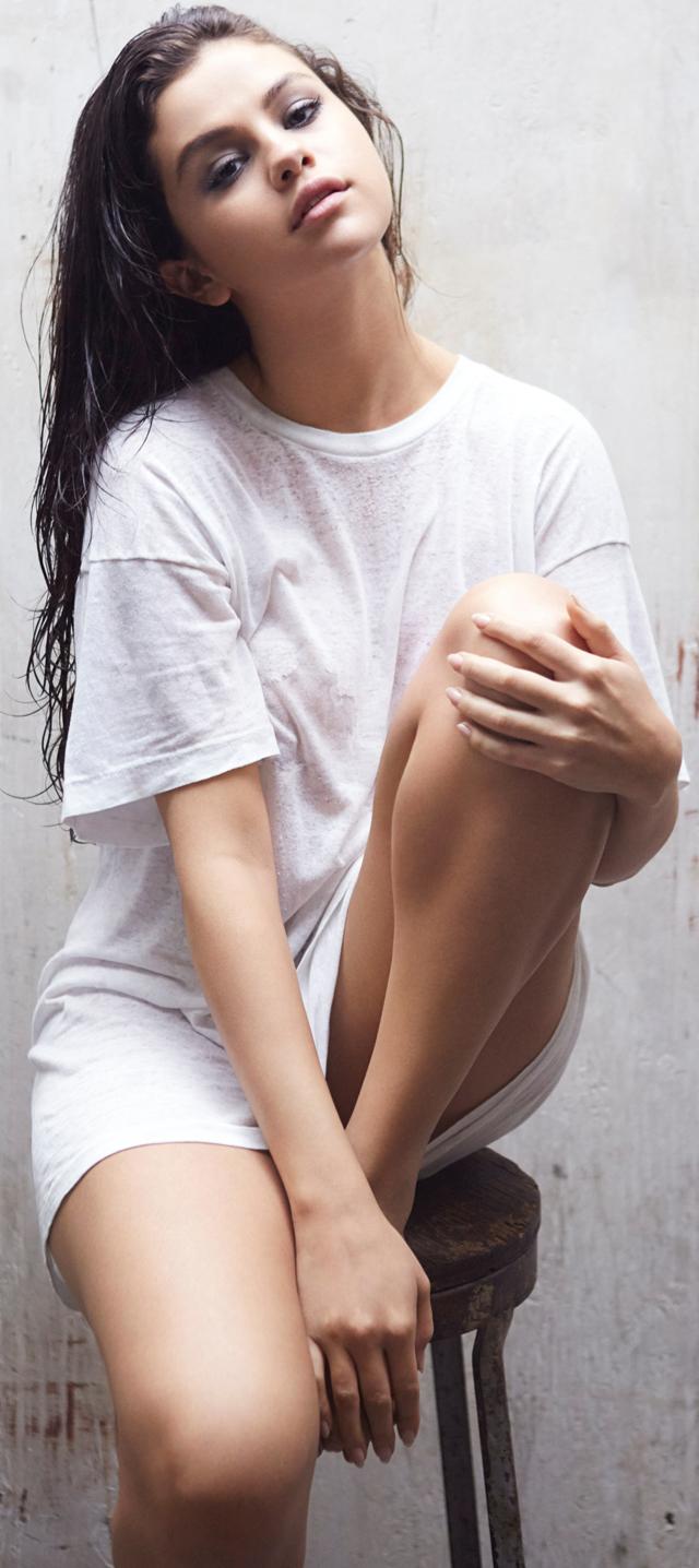 Más fotos de Selena Gómez sexy