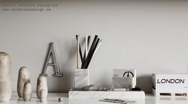 marmor, pennställ, pennor, penna, block på lastpall, minilastpall, minilastpallar, webbutik, webshop, hemmakontor, arbetsrum, grått, svart och vitt, svartvita tavlor,