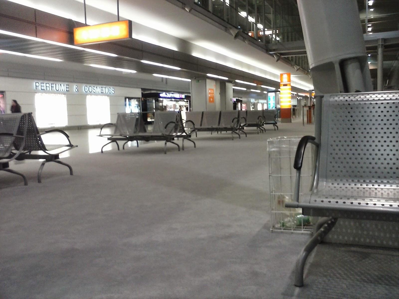 Na lotnisku