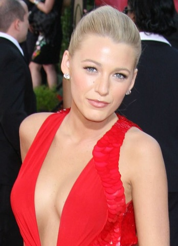 Blake Lively on Blake Lively Red Dress Wallpapers