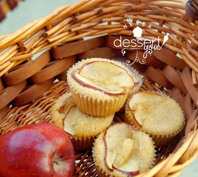 Amaretto Apple Cupcakes