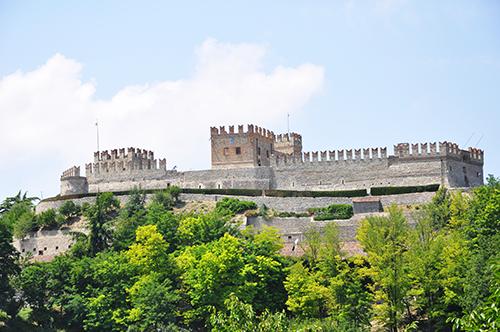Castello di Montesaegale