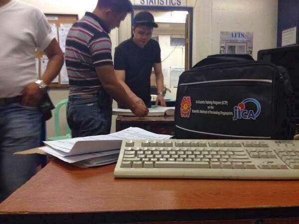 """Police Released Vhong """"Ferdinad"""" Navaro's Photo in Police Station"""