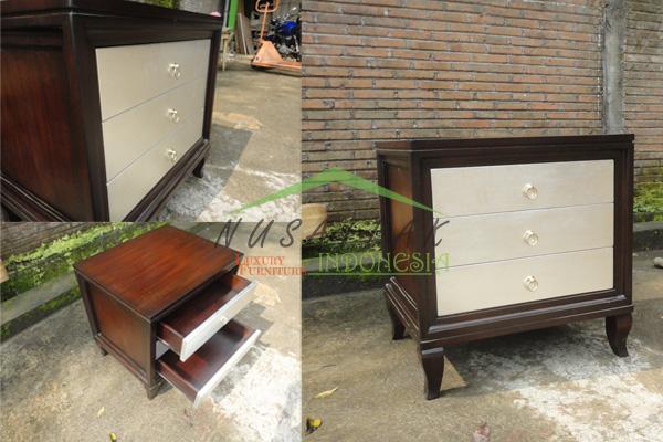 Nias Luxury Bed Side Table - Nusa Teak