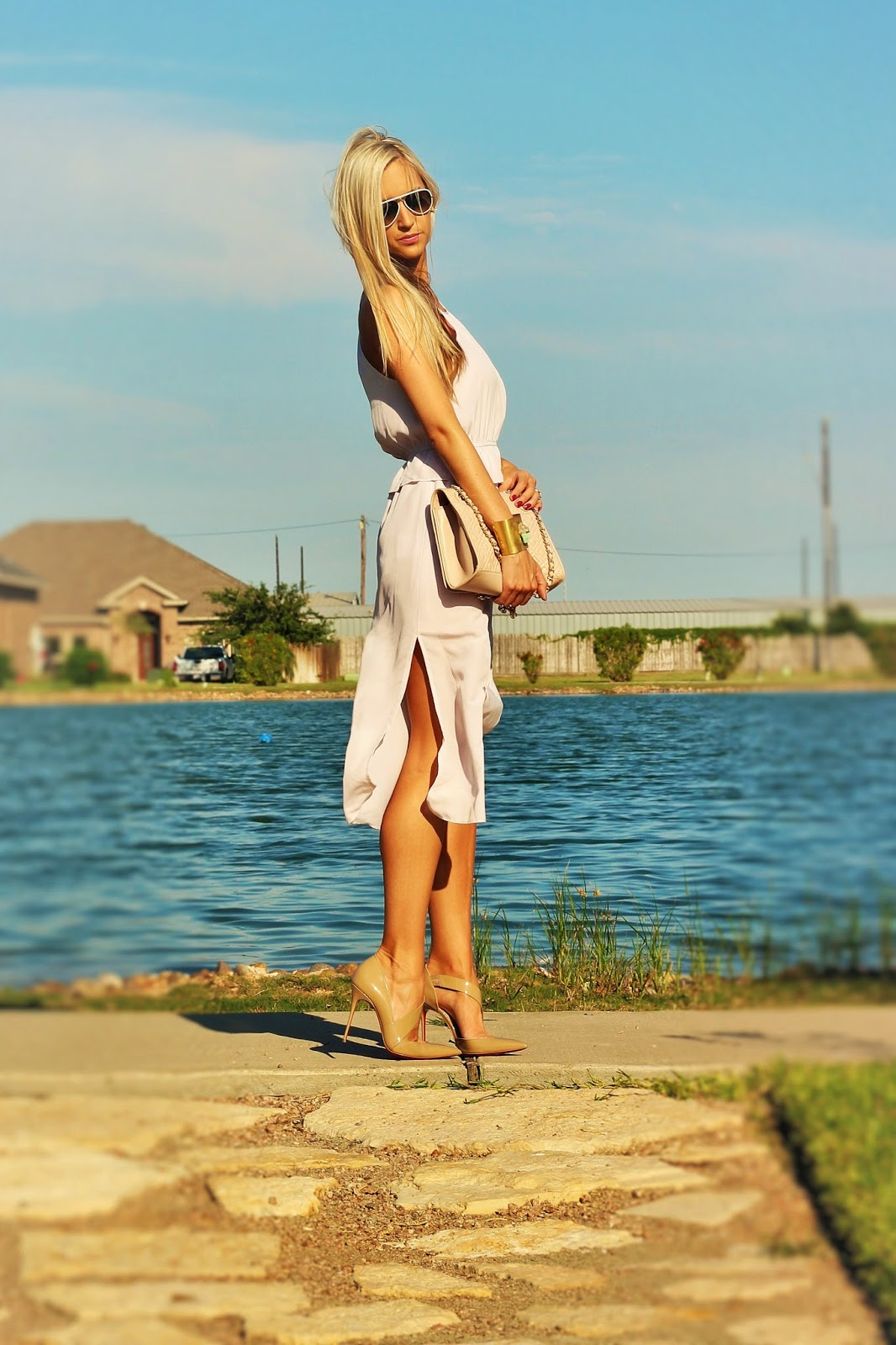 http://www.fabphilosophy.blogspot.com/2014/06/outfit-of-day-effortless-date-night.html
