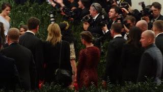 Kristen Stewart - Imagenes/Videos de Paparazzi / Estudio/ Eventos etc. - Página 31 DSC01390