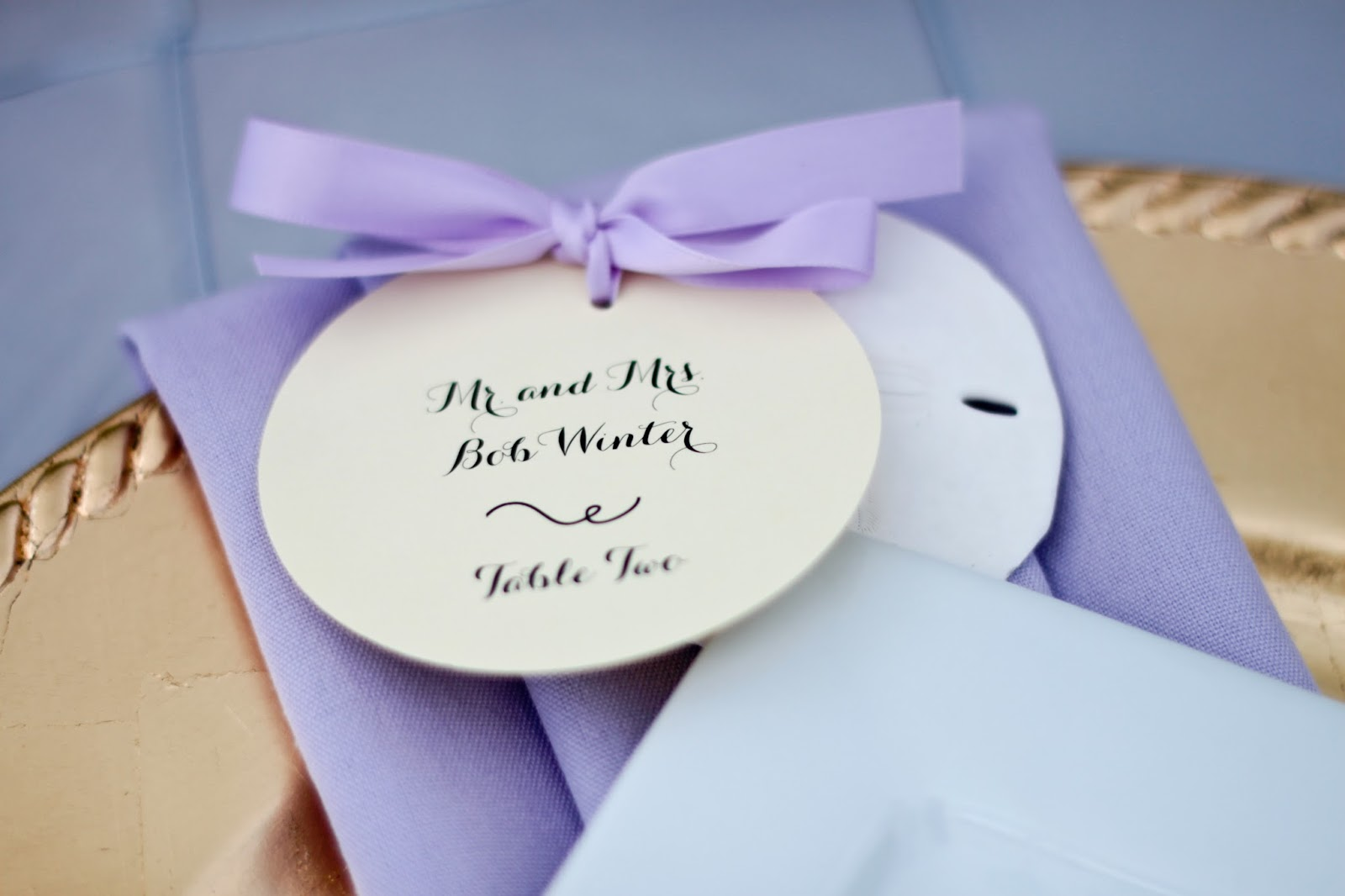 Sand Dollar Seating Card :: Homemade Bride - Kindly RSVP Designs