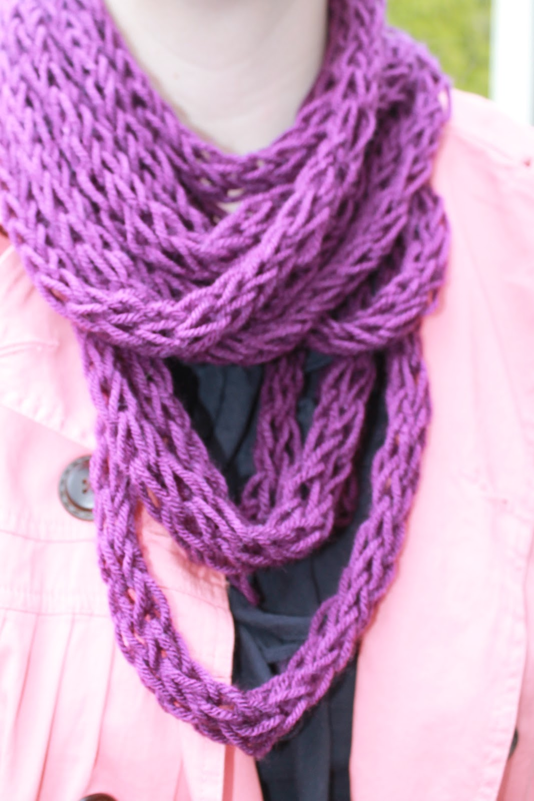 Finger Knitting Uses : Seeking eco chic finger knitting diy scarf