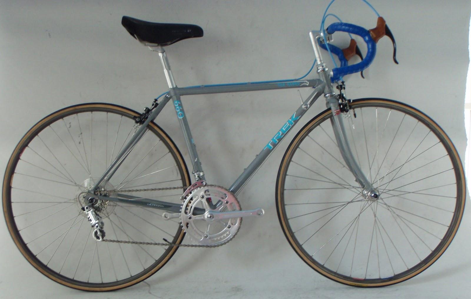 b10dee1b13a Vintage 1989 Trek 660 47 cm steel road bike 6-speed Campagnolo Nuovo Record  Modolo Maillard wheel set