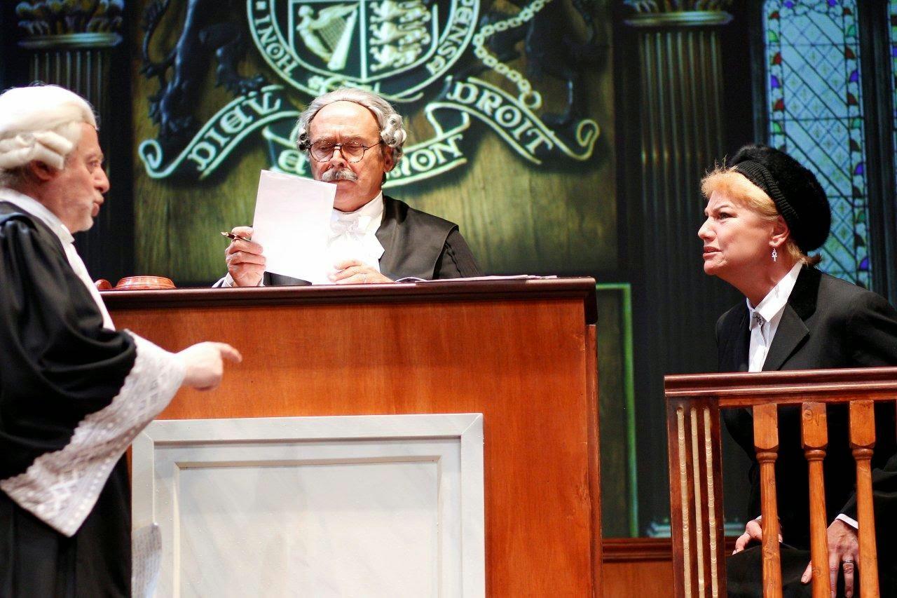 teatro-amaya-testigo-cargo