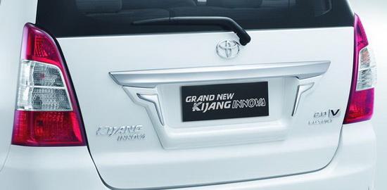Rear List Ornament Toyota Grand New Kijang Innova