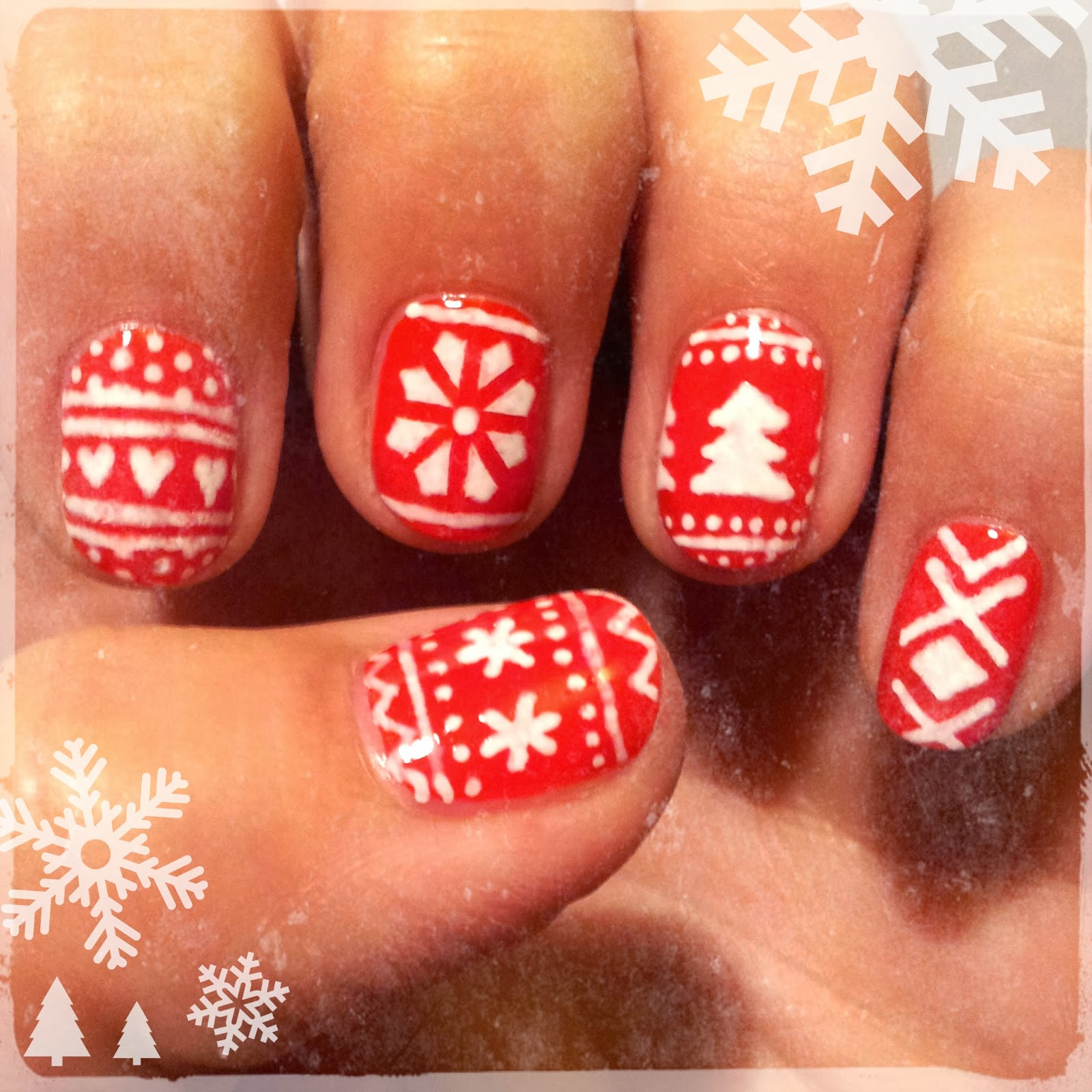 Dahlia Nails Christmas Jumper Dreams