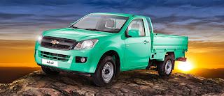 سيارة شيفرولية الدبابة 2015 باللون الأخضر