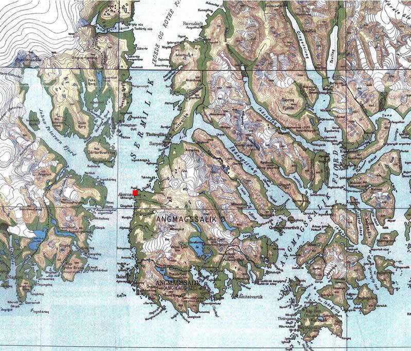 Mondo inuit le case di pietra di akerneraaq in ammassalik for Tre case di pietra