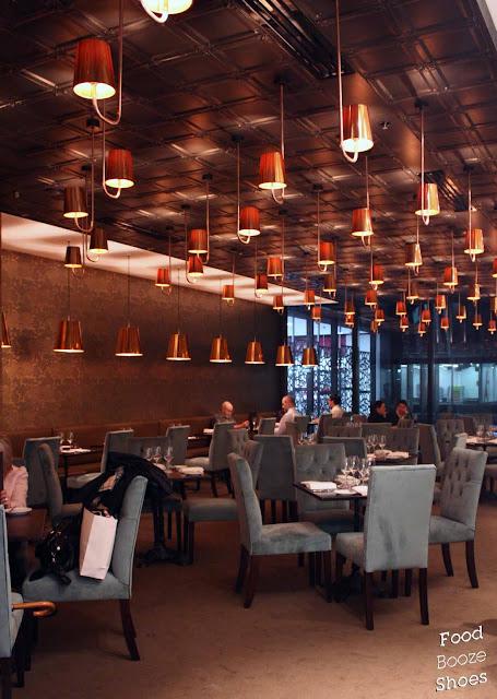 Diner Au Cafe De La Soie Place Bertone  Lyon