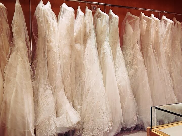 A princess bride couture bridal salon pronovias and a for A princess bride couture bridal salon