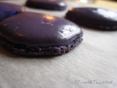 Perfect Feet on Macarons | Tried & Twisted