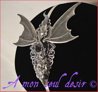 bijou dragon fantaisy accessoire coiffure cheveux médiéval dragons game of thrones le trône de fer daenerys targaryen