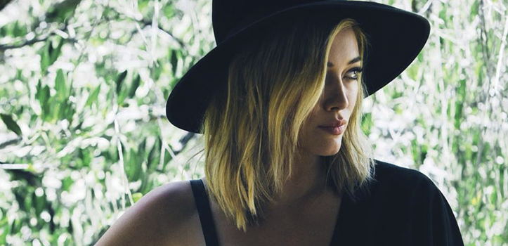 "Hilary Duff divulga vídeo Lyric de ""All About You"""