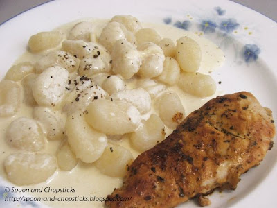Gnocchi with White Sauce and Pan Fried Chicken Breast