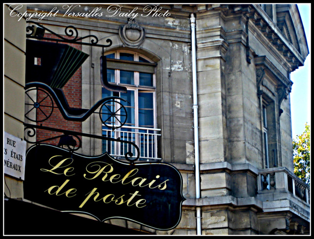 Coaching Inn buggy sign Versailles