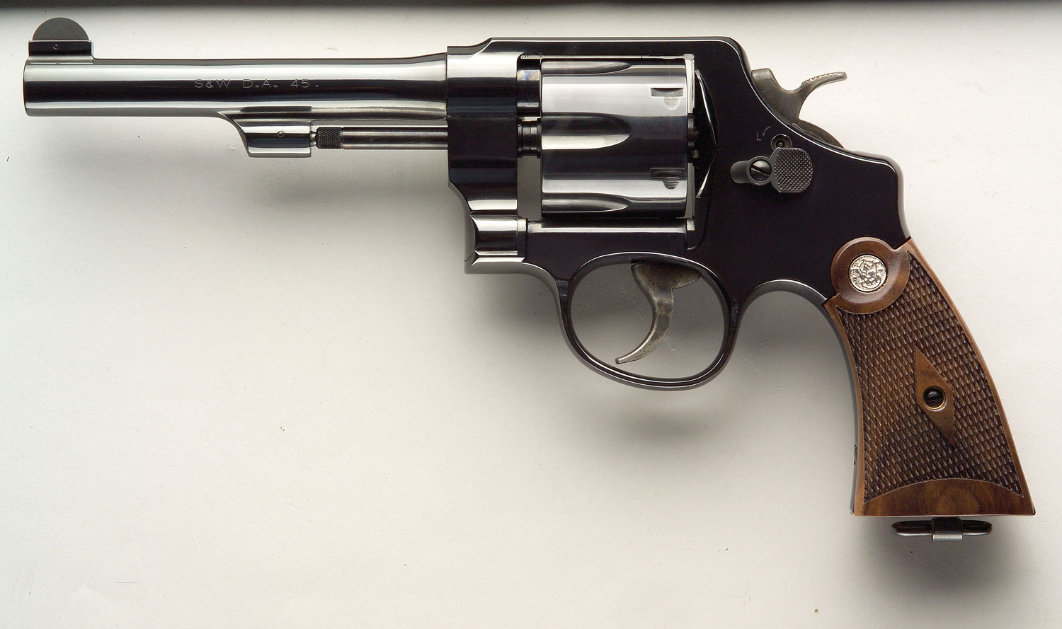 dating s&w revolvers Greve