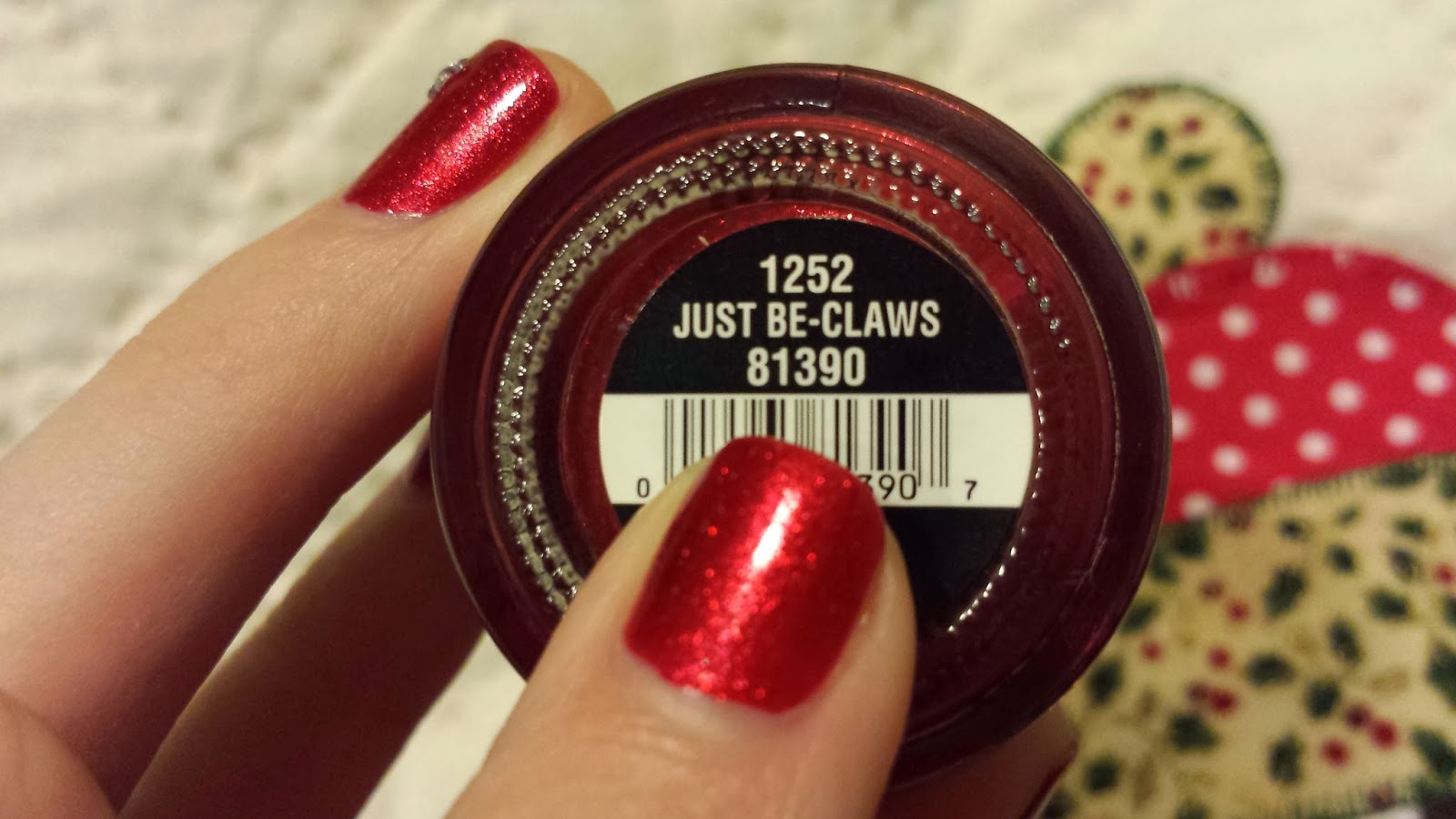 China Glaze - Just Be-Claws