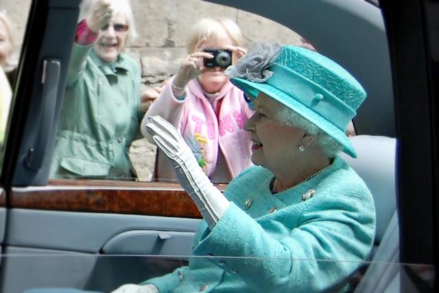 queen elizabeth II stamford