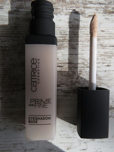 CATRICE_prime_and_fine_eyeshadow_base