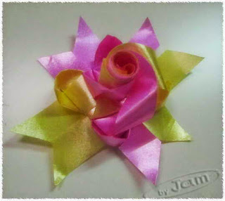 How to weave rose ribbon pinerest pin it   Як ткати троянди стрічки