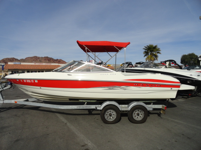 2006 Maxum 2000SR3 Sport Boat! Very versatile boat ready for all of your ...