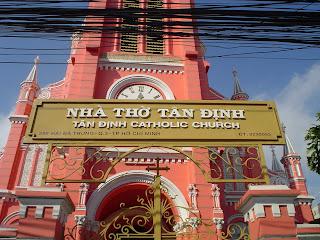 Rosa Tan Dinh vietnamita Igreja
