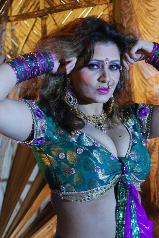 bhojpuri actress sapna - photo #24