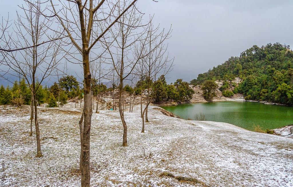 Trek to Deoria Tal Uttarkhand