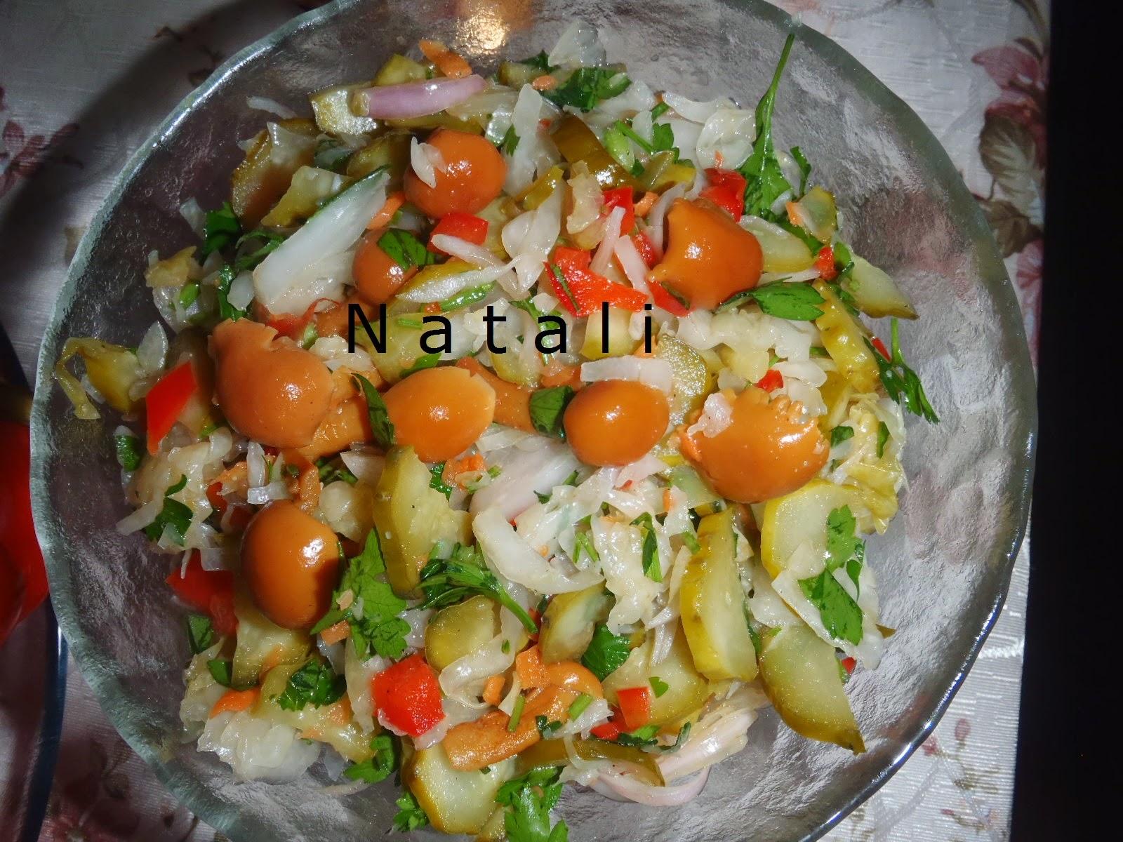 Салат опята и капуста