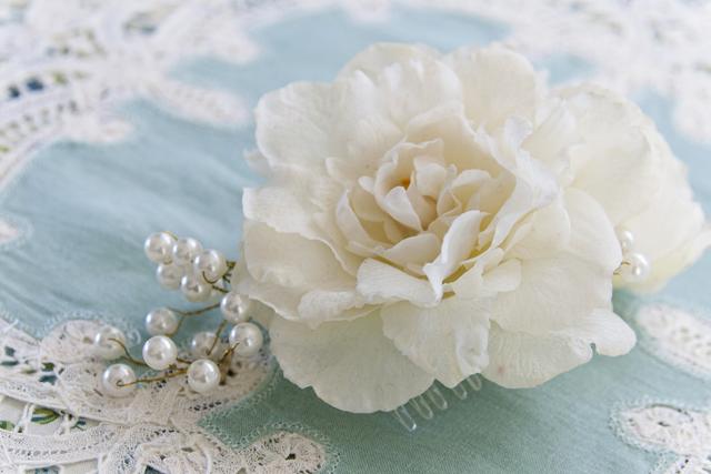 Diy Wedding Flower Hair Piece Insideways Tips For Making Your