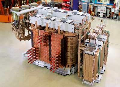 Contoh transformer yang digunakan dalam industri