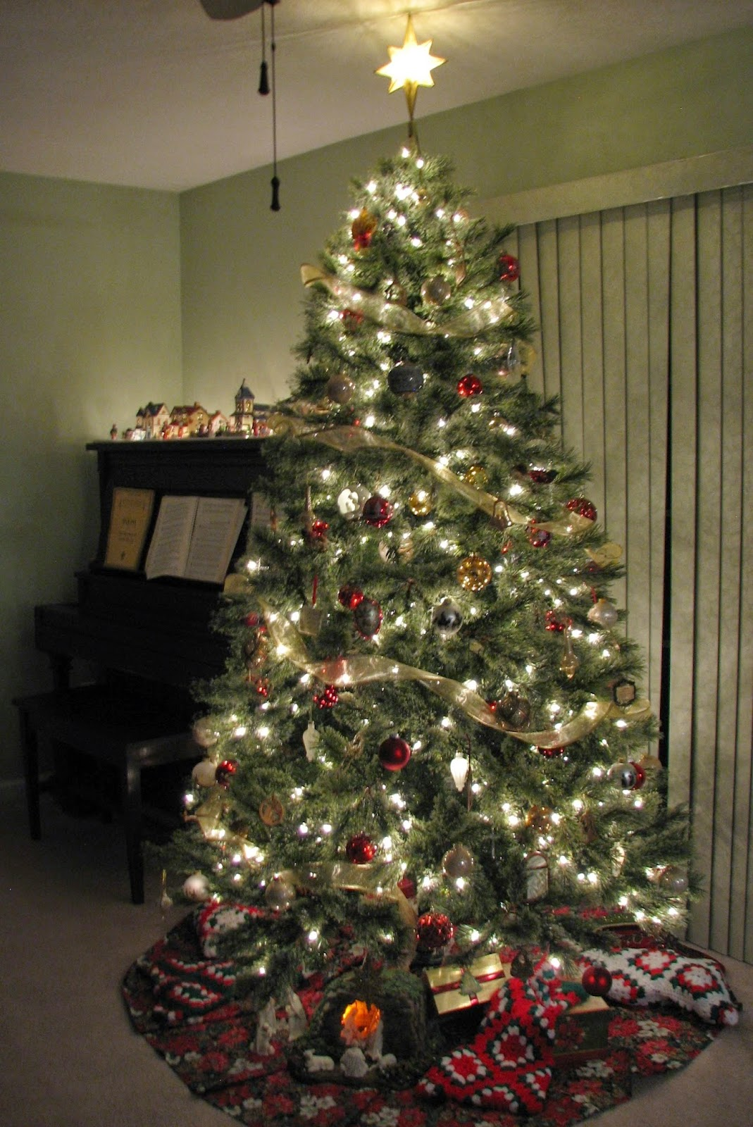 Jaclyn Smith 7.5' Pre-Lit Ridgedale Cashmere Spruce Tree from Kmart