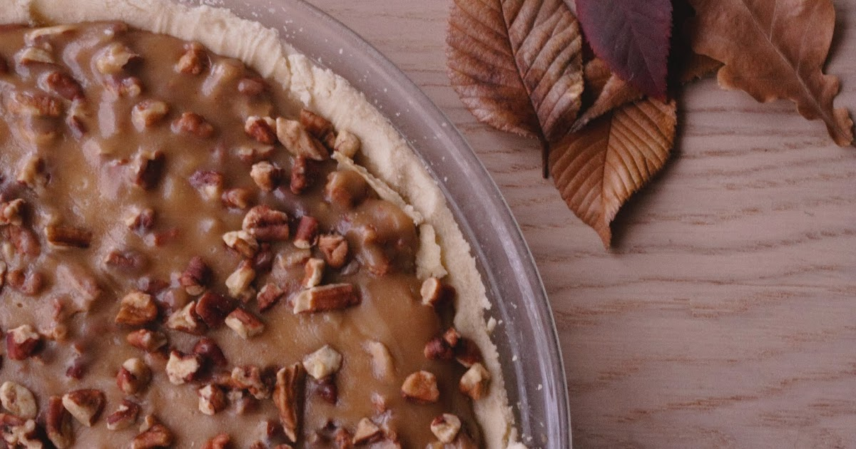 Full Life: Maple Pecan Praline Pie