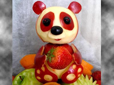 panda apple fruit carving art