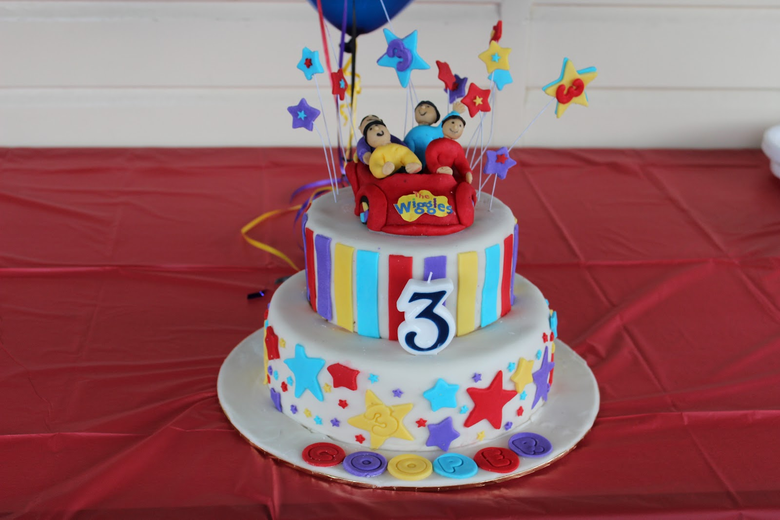 Debs Cakes And Cupcakes My Sons 3rd Birthday Wiggles Car Cake