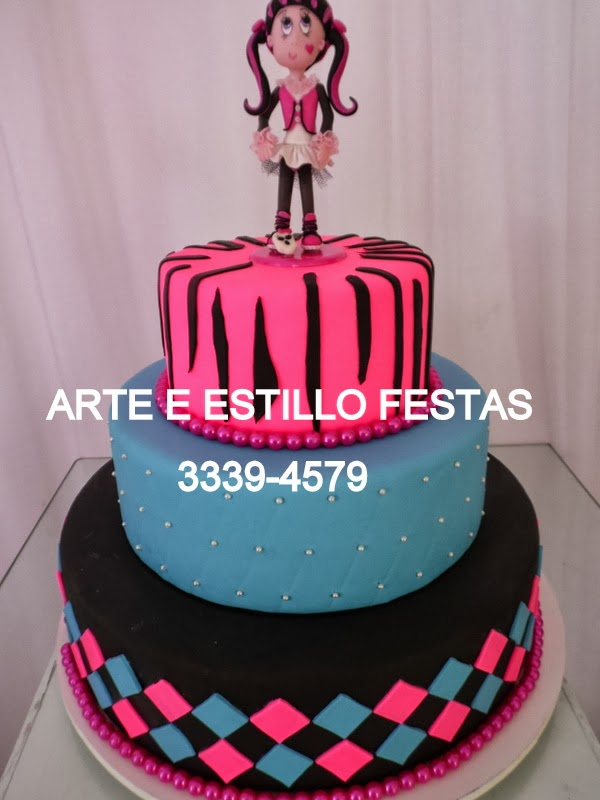 bolo tema:monster high