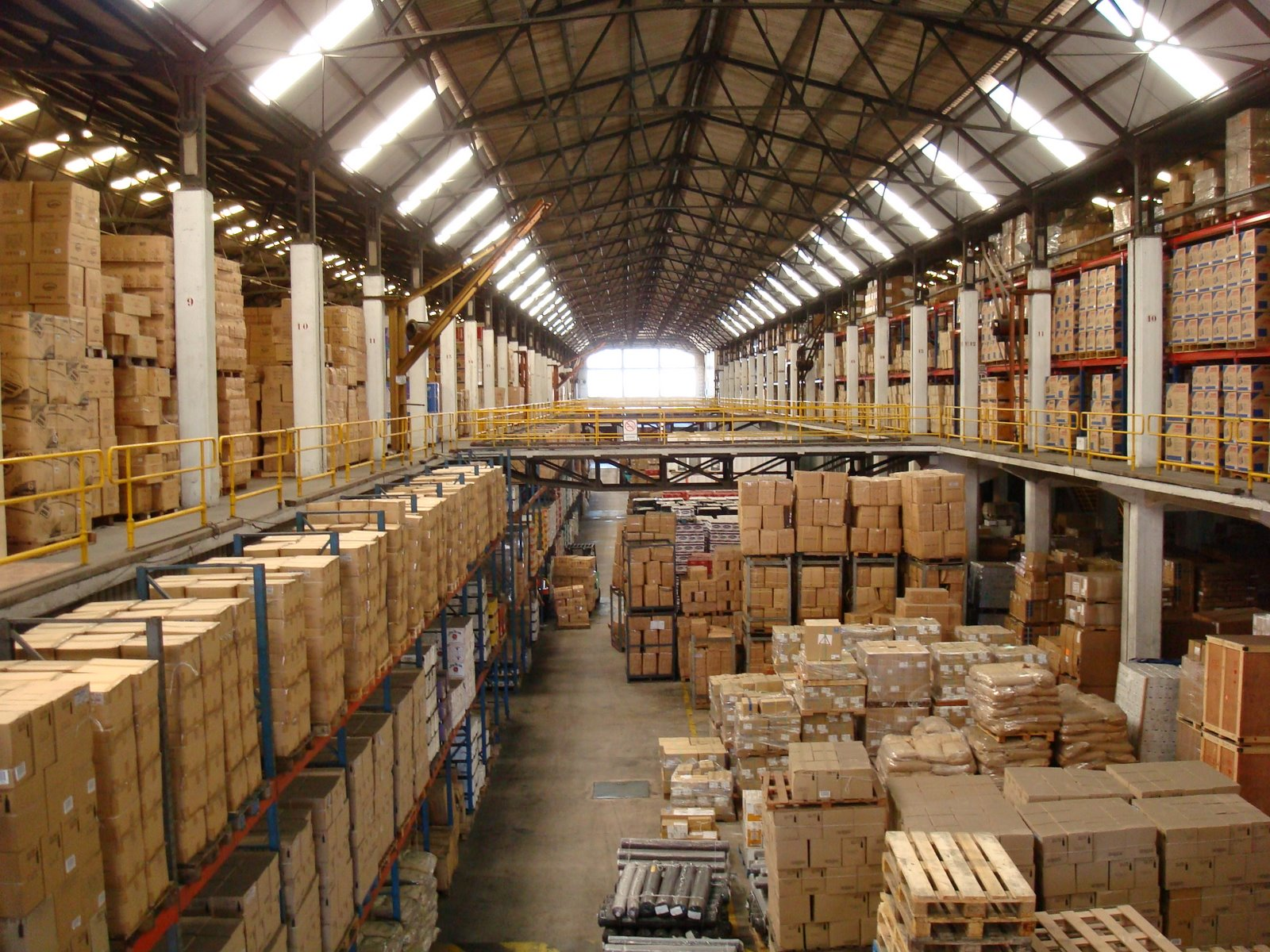 Why always prefer a professional warehousing and storage company