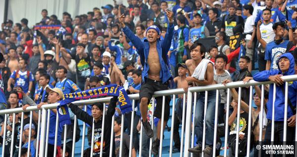 Image Result For Persija Jakarta Vs Persib Bandung